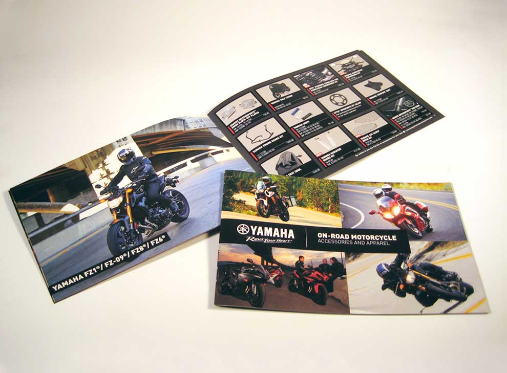 Yamaha-brochures-on-road